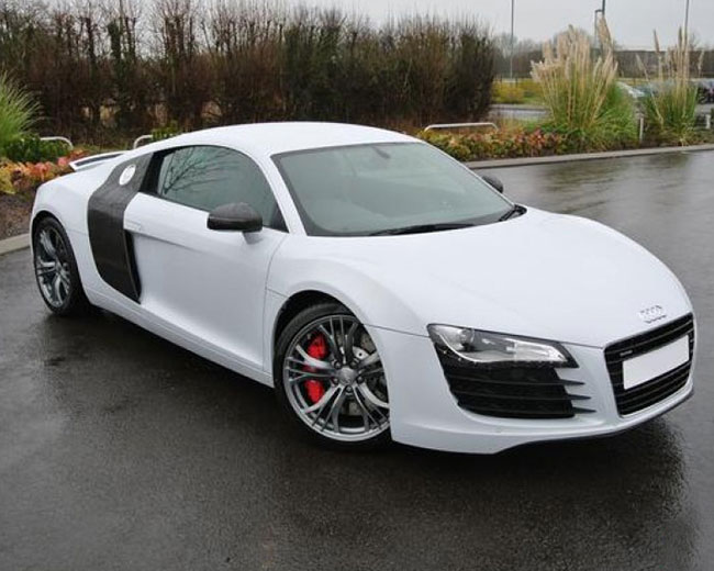 Audi R8 Hire in [MAINAREA]