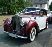 Regal Lady - Rolls Royce Silver Dawn Hire in Bangor on Dee Racecourse