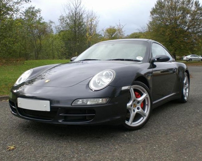 Porsche Carrera S in [MAINAREA]