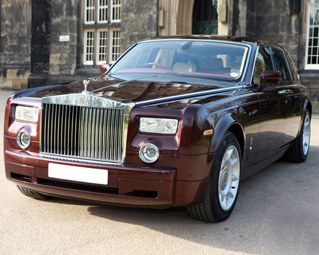 Rolls Royce Phantom - Royal Burgundy Hire in [MAINAREA]